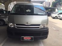 Xe Toyota Hiace 2010