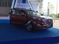 Cần bán Hyundai Tucson 2.0AT đời 2016, màu đỏ