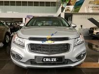 Bán Chevrolet Cruze đời 2016, màu bạc, giá 572tr