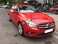 Cần bán gấp Mercedes đời 2015, màu đỏ, xe nhập chính chủ