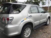 Bán xe cũ Toyota Fortuner V đời 2012, màu bạc số tự động, 835 triệu