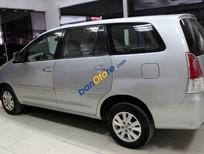 Xe Toyota Innova G 2.0MT 2009, màu bạc số sàn