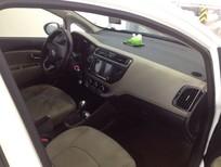 Bán ô tô Kia Rio mới 100%, nhập khẩu, màu trắng, LH đại lý 0902230366