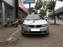 Cần bán gấp Kia Forte SLi sản xuất năm 2009, màu bạc