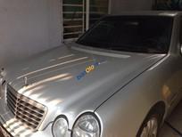 Cần bán lại xe Mercedes đời 2001, màu bạc còn mới