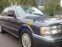 Cần bán Toyota Crown MT đời 1993 số sàn, xe cũ