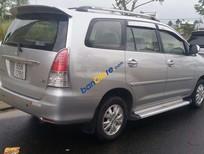 Cần bán gấp Toyota Innova V đời 2009, màu bạc giá cạnh tranh