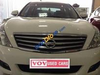 Cần bán xe Nissan Teana đời 2010, màu trắng, 660tr