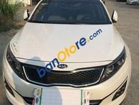 Cần bán Kia Optima đời 2015, màu trắng