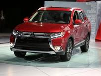 Cần bán Mitsubishi Outlander sản xuất 2019, màu đỏ, nhập khẩu chính hãng