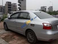 Cần bán xe Toyota Vios E đời 2011, màu bạc chính chủ, giá tốt