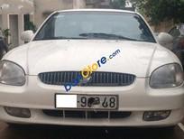 Cần bán gấp Hyundai Sonata AT đời 2000, màu trắng chính chủ