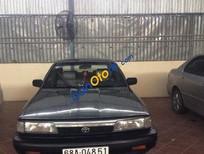 Bán xe Toyota Camry MT sản xuất 1988, màu xám, 110tr