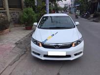 Cần bán gấp Honda Civic năm sản xuất 2013, màu trắng