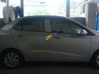 Cần bán xe Hyundai i10 sản xuất 2015, giá tốt
