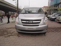 Cần bán lại xe Hyundai H-1 Starex 2.4MT 2013, màu xám, nhập khẩu
