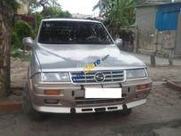 Xe Ssangyong Musso sản xuất 1998, màu bạc nhập khẩu