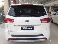 Cần bán Kia Sedona sản xuất 2016, màu trắng giá cạnh tranh