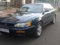 Cần bán xe Toyota Camry đời 1993, nhập khẩu, 189tr