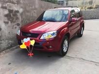 Cần bán gấp Ford Escape XLS đời 2013, màu đỏ như mới