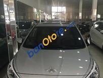 Salon Ngọc Huy bán Hyundai Accent đời 2014, màu bạc