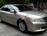 Bán xe Toyota Camry 2.0E đời 2014, màu bạc, xe nhập còn mới