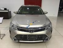 Toyota Long Biên bán Camry 2.0E 2017 khuyến mại cực khủng, giao xe ngay, đủ màu, hotline: 0941.004444