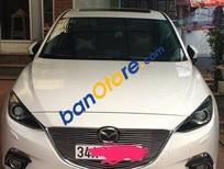 Cần bán gấp Mazda 3 2.0 sản xuất 2016, màu trắng số tự động