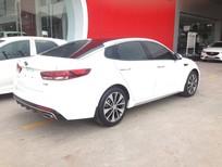 Cần bán Kia Optima 2.4GT Line 2018, màu trắng, hỗ trợ trả góp