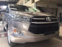 Bán xe Toyota Innova 2.0E đời 2017, màu bạc hỗ trợ trả góp 90% đủ màu giao xe ngay