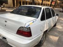 Cần bán Daewoo Cielo 1.6 năm sản xuất 1996, màu trắng, nhập khẩu