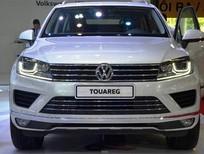 Bán xe Volkswagen Toquareg GP sản xuất 2016, màu trắng, nhập khẩu nguyên chiếc