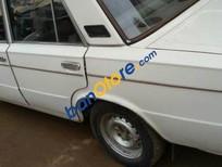 Cần bán Lada 2105 sản xuất năm 1981, màu trắng, nhập khẩu