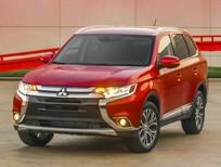 Mitsubishi Quảng Bình bán Mitsubishi Outlander 2016 giá rẻ, giao xe ngay tại Quảng Bình, liên hệ: 094 667 0103
