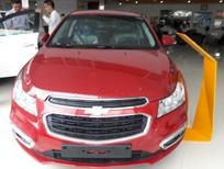 Bán ô tô Chevrolet Cruze LT 2017, vay đến 100% gía xe, LH Thảo 0934022388, KM Khủng