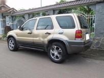 Bán ô tô Ford Escape sản xuất 2002, màu vàng chính chủ