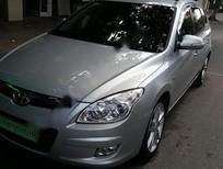 Cần bán xe Hyundai i30 CW sản xuất 2010, màu bạc, nhập khẩu