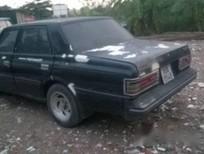 Cần bán xe Toyota Crown sản xuất năm 1998, màu đen, nhập khẩu