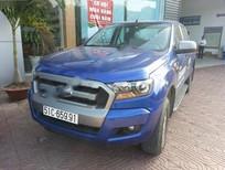 Cần bán lại xe Ford Ranger XLS 4x2AT sản xuất 2015, màu xanh lam, nhập khẩu