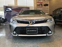 Bán Toyota Camry 2.0E năm sản xuất 2017