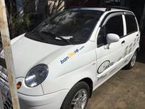 Cần bán Daewoo Matiz sản xuất 2005, màu trắng