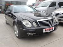Chào bán xe Mercedes E200 năm 2007 màu đen chính chủ - 555 triệu