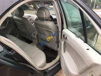Cần bán lại xe Mercedes C180 Classis đời 2002, màu đen số tự động, 215tr