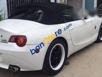 Bán BMW Z4 đời 2005, màu trắng, máy móc còn ngon