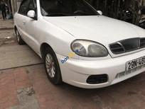 Cần bán gấp Daewoo Lanos năm sản xuất 2002, màu trắng, giá tốt