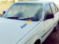 Cần bán lại xe Toyota Carina năm sản xuất 1990, màu trắng
