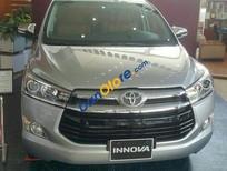 Cần bán xe Toyota Innova V năm 2017