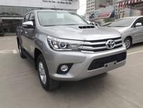 Chào bán xe Hilux Q 2016 màu bạc - xe mới 100% nhập Thái