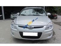 Bán Hyundai i30 CW năm 2009, màu bạc, xe nhập, giá tốt