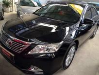 Bán Toyota Camry 2.5G đời 2014, màu đen, xe gia đình